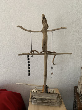 Présentoir à bijoux en bois flotté