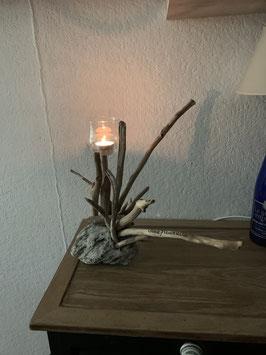 Chandelier en bois flotté