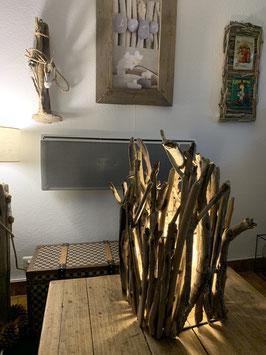 Lampe de salon en bois flotté