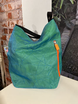 Beadbags Schultertasche aus reused Moskitonetz NET3 Türkis