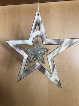 Perlmuttstern in geflämmten Stern