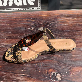 vicenza sandals snake