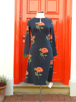 Keyhole Dress with Button *Big Rose*
