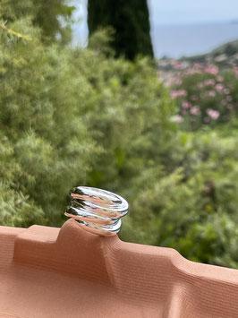"""Ring """"Pacific"""": wie die Wellen der Südsee, handgefertigt aus recyceltem 925 Silber"""