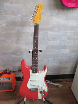 Made in Japan Traditional '60s Stratocaster® Limited Run Fiesta Red Stripe