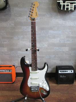 Fender Japan ST-562  (1984-87年製)