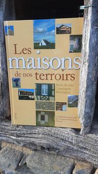 """Livre """"Les maisons de nos terroirs"""""""