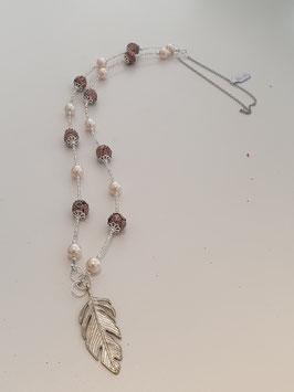 Halskette mit Feder