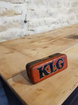 Ancienne boite à bougie KLG