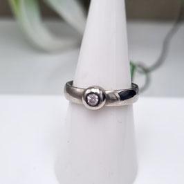 Kado Solitär Ring mit Zirkonia