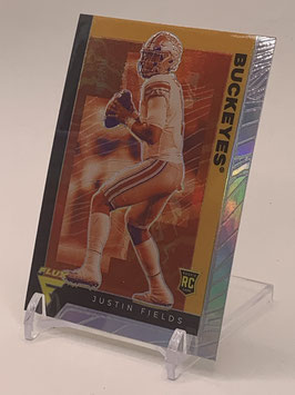 Justin Fields (Ohio State/ Bears) 2021 Chronicles Draft Flux Silver Prizm #233