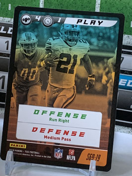 Play: Ezekiel Elliott (Cowboys) 2019 Panini FIVE TCG #S69