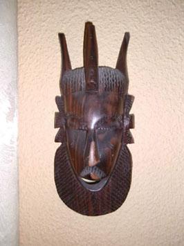 Wertvolle Maske aus Mahagonieholz