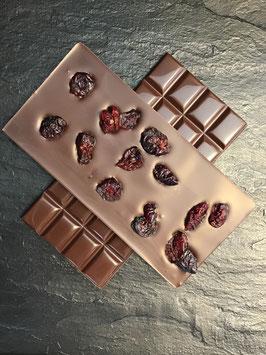 Zartbitter Schokolade 55% mit getrockneten Cranberries - 95 Gramm