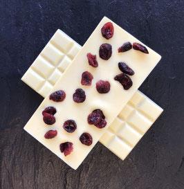 Weiße Schokolade 35 % mit getrockneten Cranberries - 95 Gramm