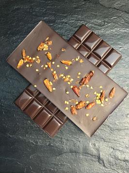Zartbitter Schokolade 55% mit ganzen Chillies - 95 Gramm
