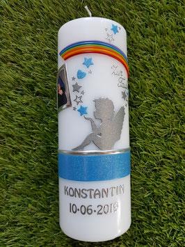 Patenkerze SK154-1 SCHUTZENGEL sitzend mit Foto / Lichtblau Holoflitter & Silberschrift / Regenbogen