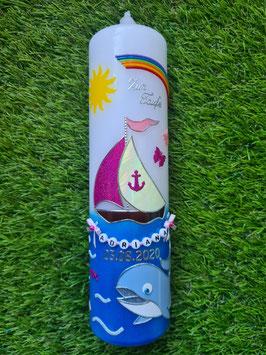 Taufkerze Wal mit Boot TK114-2 / Regenbogen / Pink-Rosa Holoflitter