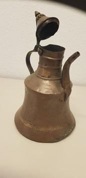 antike Kupferkanne