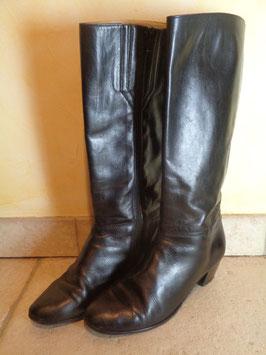 Bottes cuir noires P.37