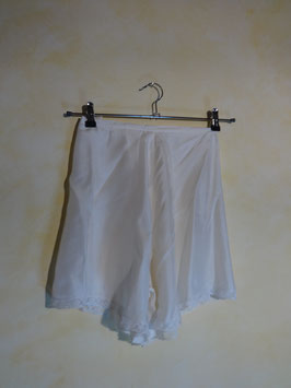 Shorty satin blanc 50's T.36