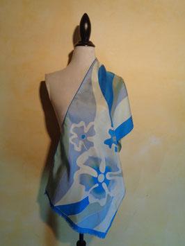 Foulard fleurs bleues