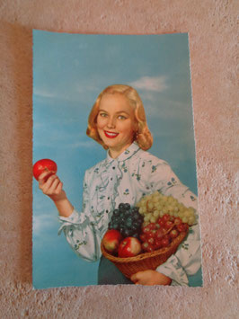 Carte postale Pin up fruits 60's