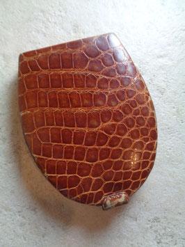 Poudrier cuir 50's