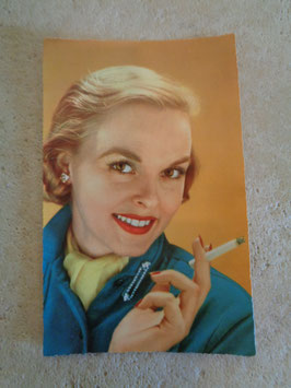 Carte postale Pin up cigarette 60's