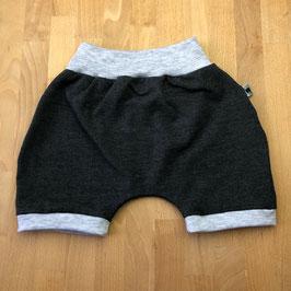 Shorts graphit