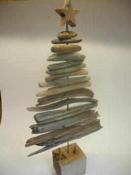 --CRANN II -- Mittlerer Weihnachtsbaum aus Treibholz