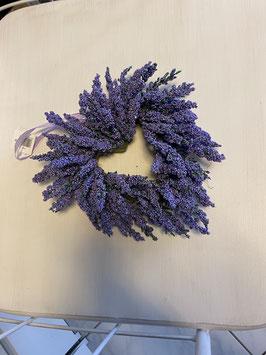 Lavendel Kranz in Herzform oder Kugel