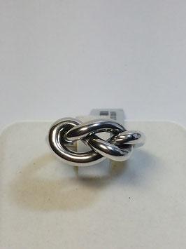 Anel de prata de nó comprido
