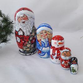 Weihnachtsmann in rot 5 teilig mit dem Tannenbaum
