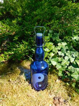 Bügelflasche 0,75 ltr. mit Yin & Yang