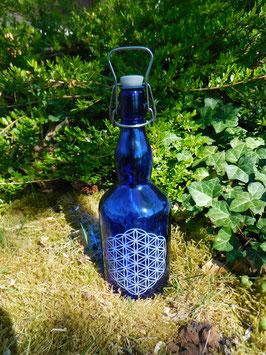 Bügelflasche 0,75 ltr. mit Blume des Lebens