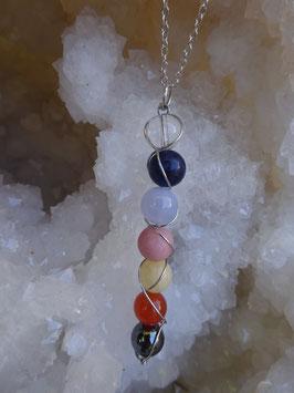 Pendentif 7 chakras perles 8 mm