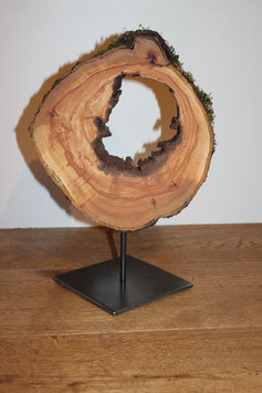 Holzskulptur aus Apfel