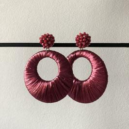 Satijndraad oorbellen |  Rond roze met steker