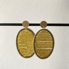 Candy oorbellen | Ovaal geel met steker