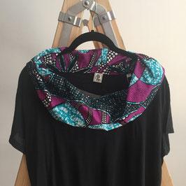 T-shirt mit afrikanischem Waxprint-Kragen (Nr. 8)