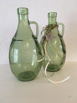 dekorative Glasflasche in grün