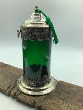 mundgeblasene smaragdgrüne Glasdose mit Metallverzierungen / Metallbeschlägen - Handarbeit aus Marokko (Bestell-ID 34032)