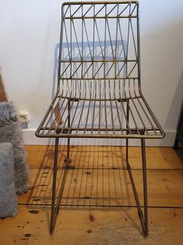 Bijzondere stoel antique brass