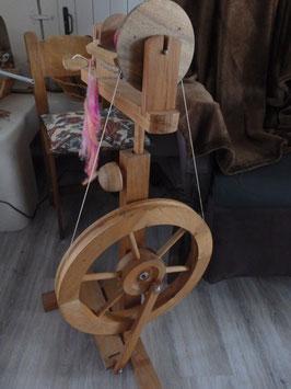 Atelier filage de laine au rouet