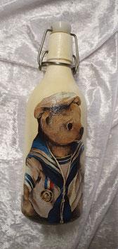 Bügelflasche mit Seebär