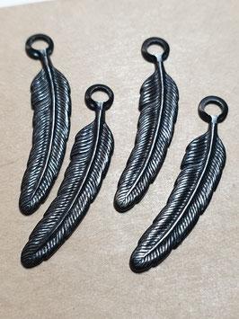 Vintaj Arte Metal Token Feather