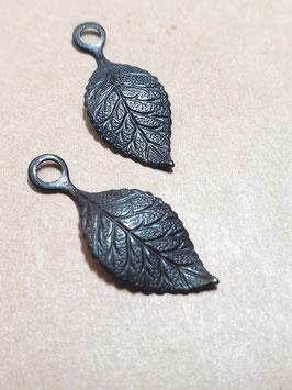 Vintaj Metal Arte Delicate Leaves