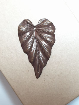 Vintaj Natural Brass 38mm Woodland Leaf Charm