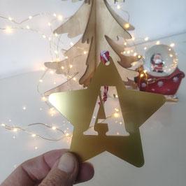 Estrellas de Navidad con Inicial de Colores